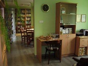 dundaga_kalku_biblioteka_maza_bilde-l