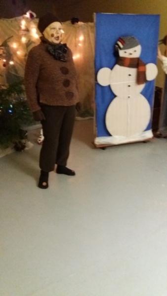 K. savā ceļā sastop sniegavīru (1).jpg